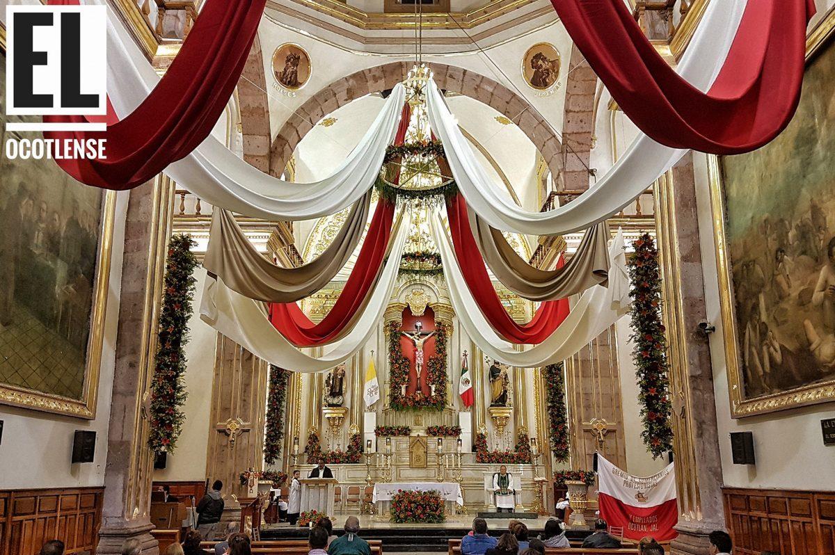Vestiduras en Parroquia de El Señor de la Misericordia, Ocotlán