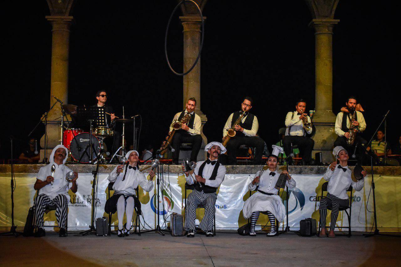 Primer Festival Caravana Puerto Vallarta