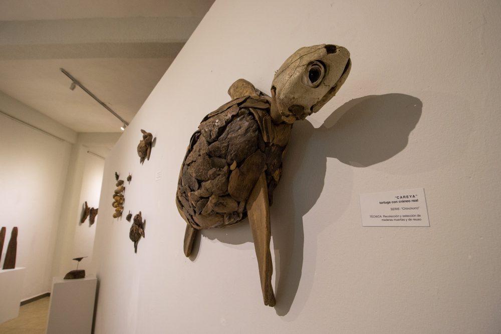 """""""Symbiosis"""", de Peter Gray en Puerto Vallarta"""