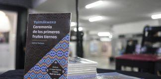"""""""Yuimákwaxa. Ceremonia de los primeros frutos tiernos"""", por Salvador Pacheco"""
