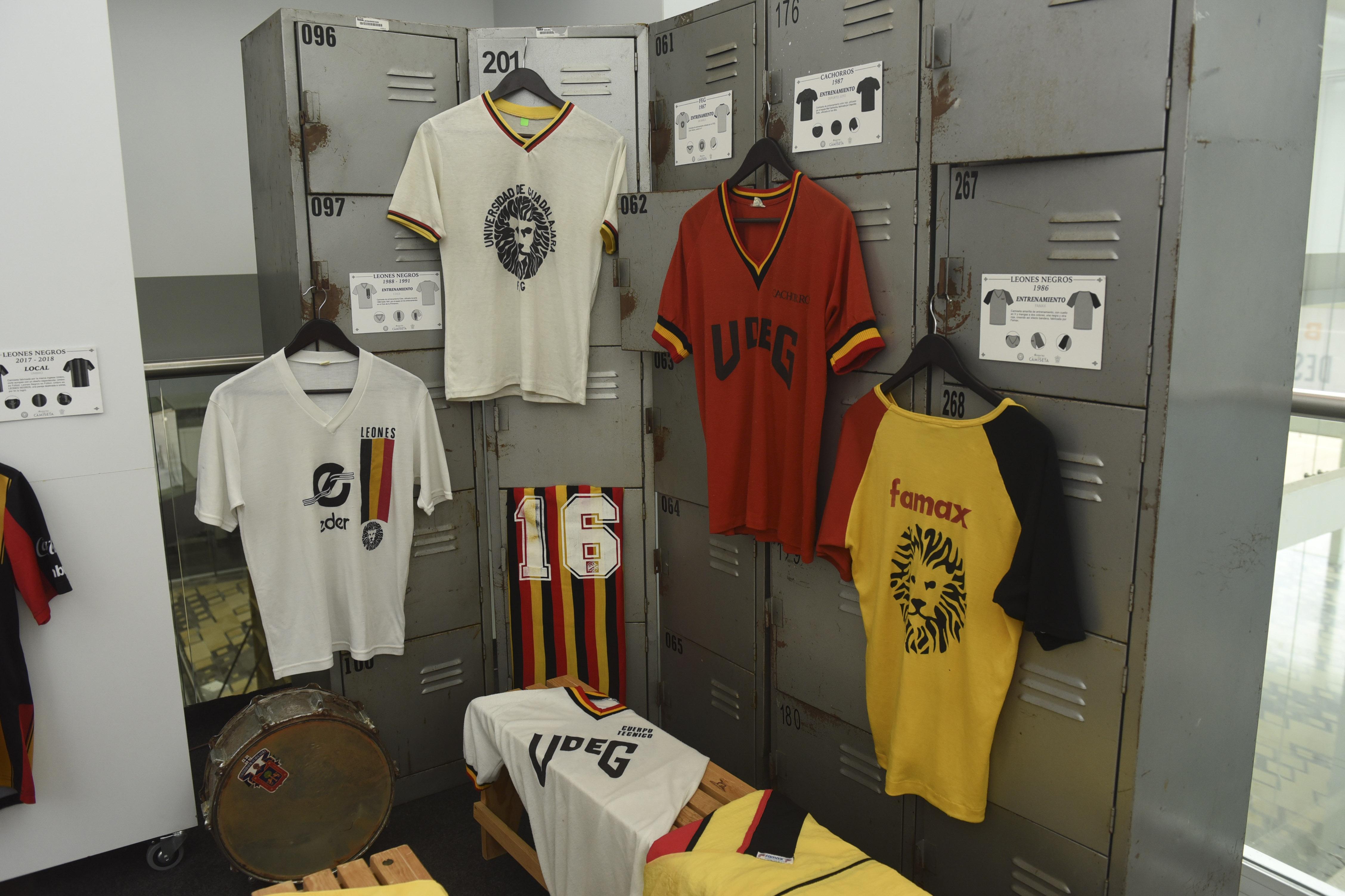 """""""Memorias de una camiseta"""", Leones Negros festeja 45 años"""