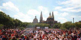 Rompen récord Guinness del baile folclórico más grande del mundo
