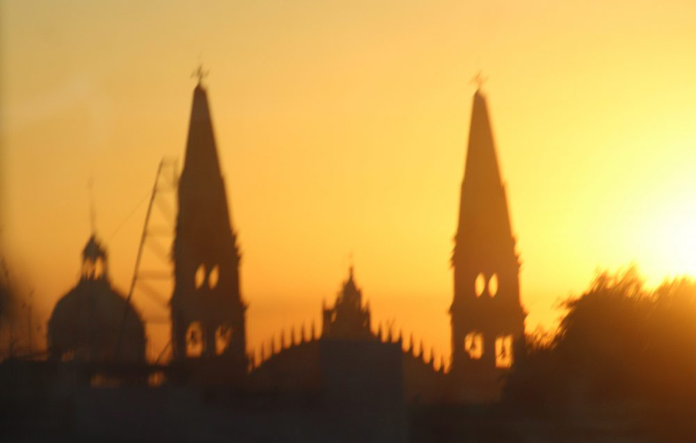 Catedral de Guadalajara al amanecer