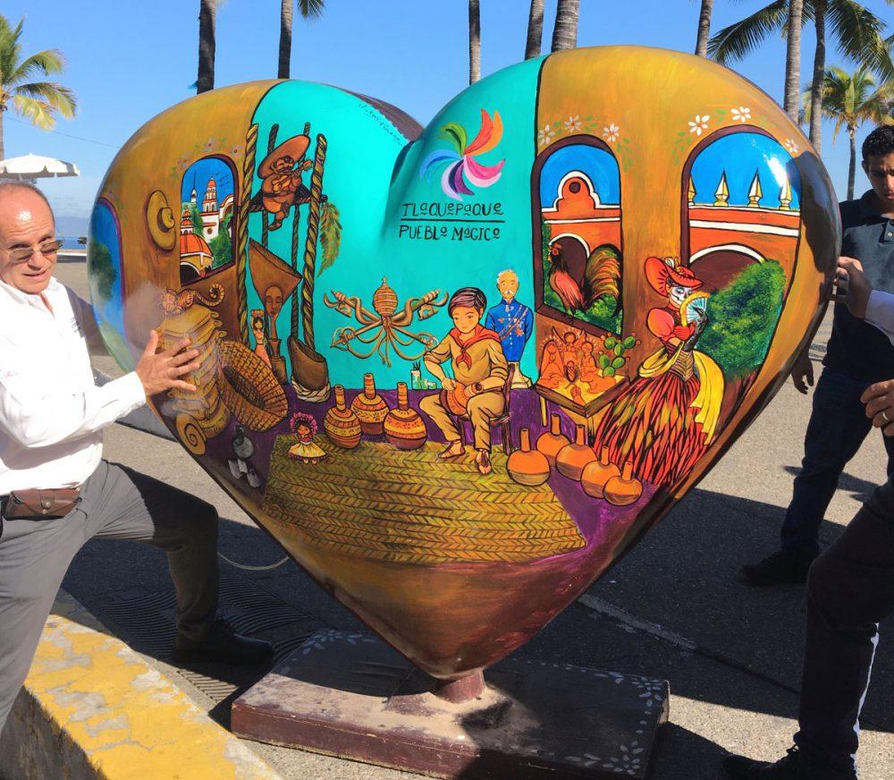 """Muestra """"De corazón para el mundo"""""""