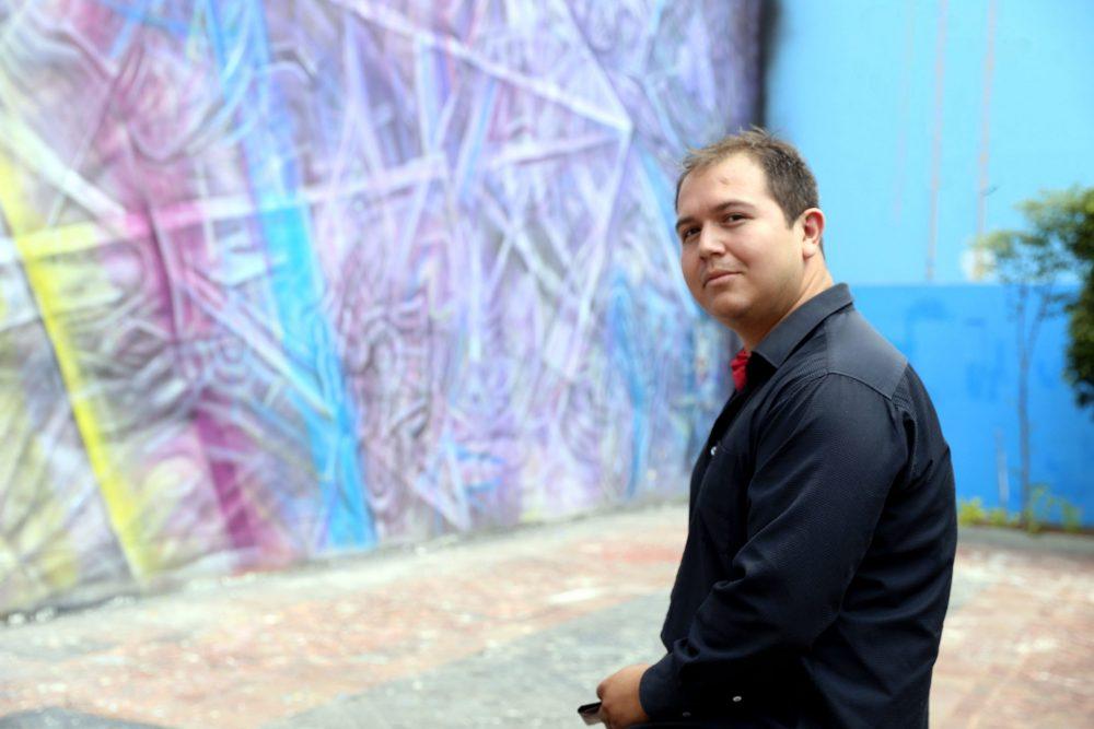 Hiram Ruvalcaba, escritor de Zapotlán el Grande