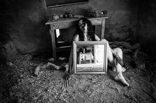 """Sin titulo, de la serie """"Pensamientos suicidas"""", de Suset Muñoz"""